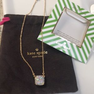 Kate Spade NWT beautiful opal glitter necklace